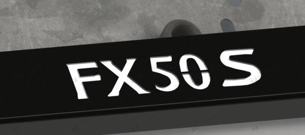 рамка под номера INFINIT FX S50